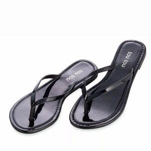 Tou Tou Black sandals